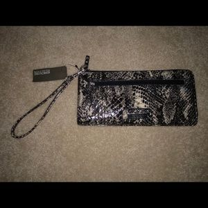 Kenneth Cole Snake Skin Womens Wallet